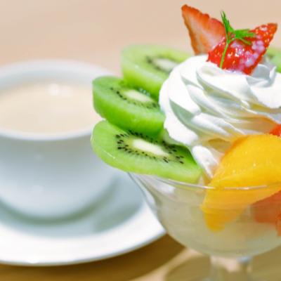 岡山フルーツパフェ