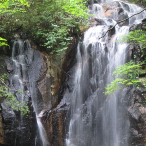 トヤの夫婦滝