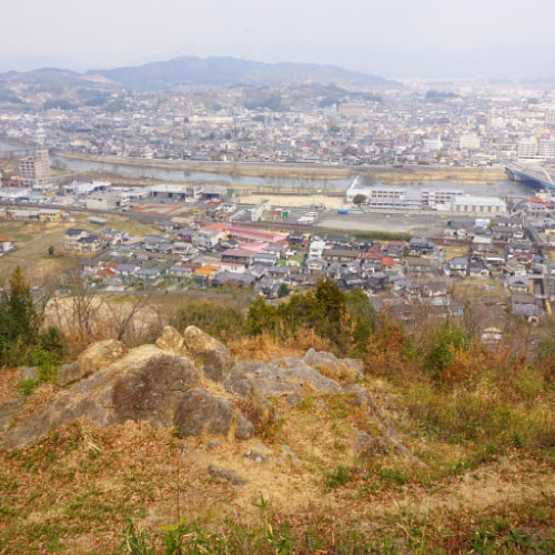 石山八畳岩